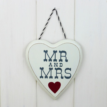 'Mr & Mrs' Heart Sign